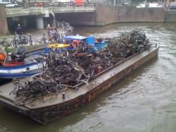 amsterdam-dredged-bikes-250x187