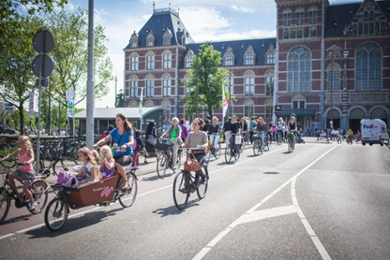 fietsers-rijksmuseum